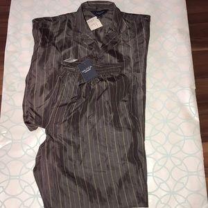 A great NWT silk nautica men's sleepwear